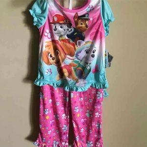 NWT Girls  Paw patrol 3 piece pajama set size 4T